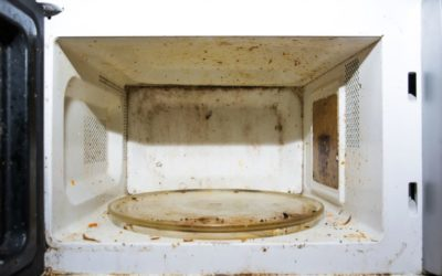 Limpar o microondas sem esforço com remédios caseiros